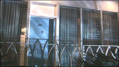 It\u0027s where Dexter lives and where he keeps his trophy slides (with his victims\u0027 blood) hidden in his air conditioner. & Dexter Filming Locations: Dexter\u0027s Apartment.