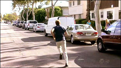 Dexter filming locations dexter hunts for liddy 39 s van for 8240 palm terrace miami