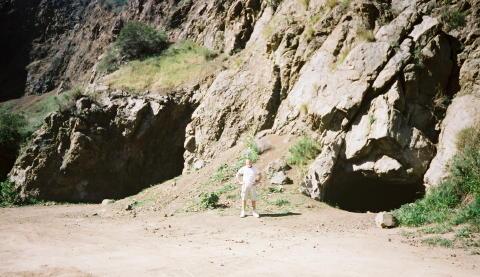 The Bronson Caves | 480 x 277 jpeg 38kB
