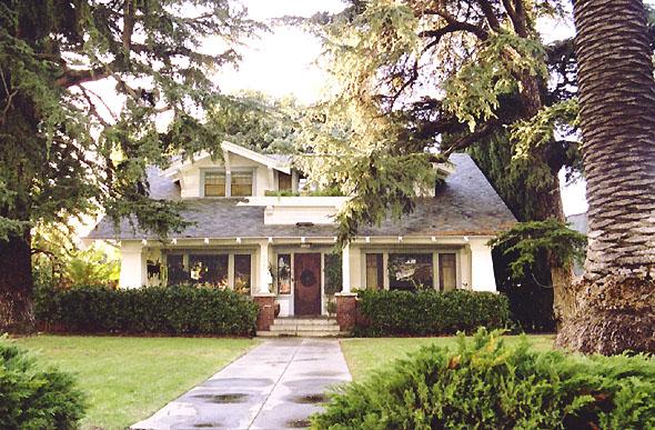 Buffy The Vampire Slayer House Photo