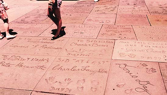 CELEBRITY HAND PRINTS - Find 200+ handprints & footprints at Grauman's Chinese Theatre! ChineseTheatreFootprints