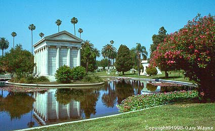 Hollywood Forever Cemetery HollywoodMemorialLake